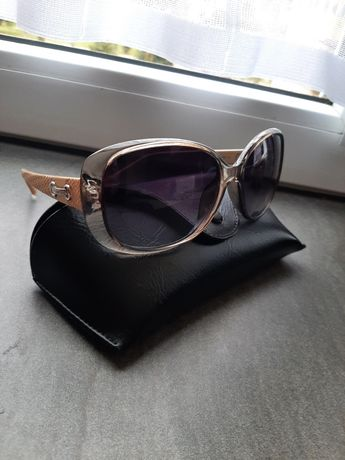 Oryginalne damskie okulary Polaroid z filtrem UV i polaryzacją.
