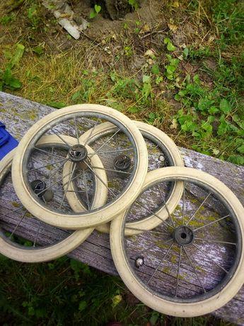 Колеса от коляски времен СССР