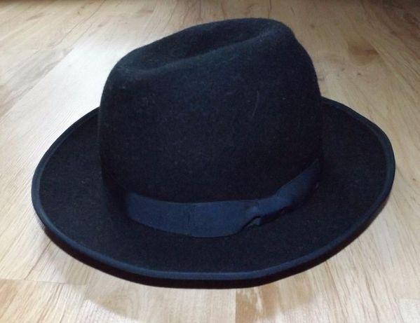 Czarny kapelusz, klasyczny, uniwersalny