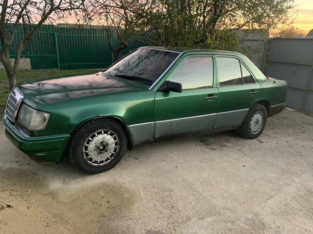 Продам Мерседес-Бенц E 250