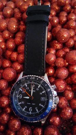 Timex TW2R43600 Indiglo GMT