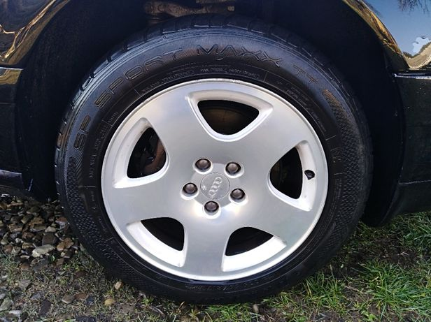 Комплект дисків r17на Aуді з резиною Dunlop Sport