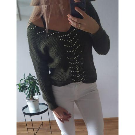 Stylowy sweter, khaki, rozm M, wycięte plecy