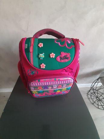 Sprzedam plecak firmy DeLune