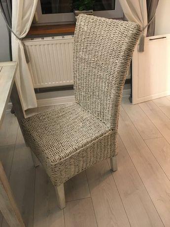 Krzesło wiklinowe