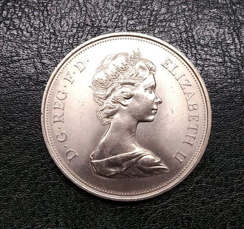 Большая монета , Великобритания, 1977г. 28,28 грамм