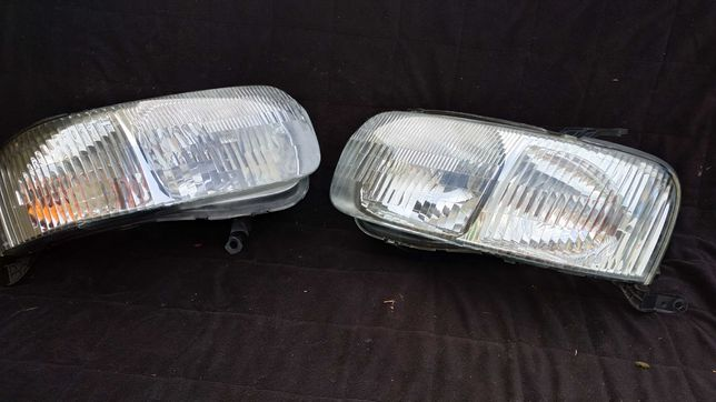 Reflektor Lampa prawa lewa Ford MAVERICK EU