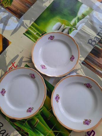 Тарелки обеденные