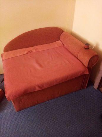 Oddam 2 łóżka rozkładane