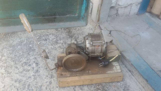 Продам электроустройство для ремонта крышек консервации