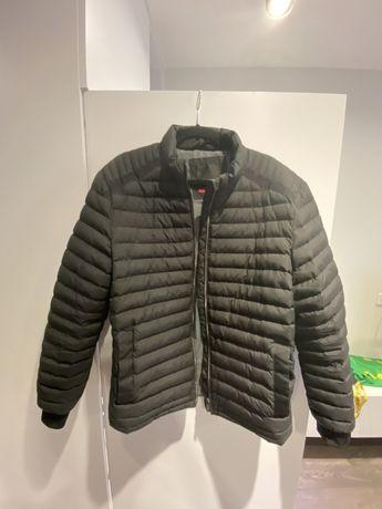 Продам куртку пуховик мужскую Roy Robson