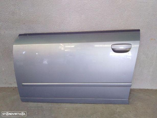 Porta frente esquerda Audi A4 B6 ano 2003 original