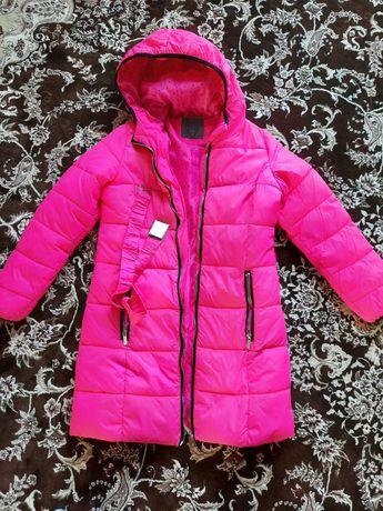 Пальто весняне на дівчинку