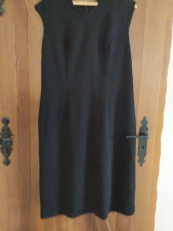 Sukienka czarna mała  mini xl 44 wełna merynos