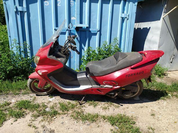 Максі скутер viper tornado