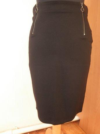 Spódnica czarna !!!