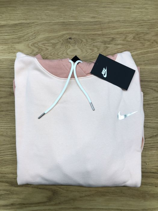 Koralowa bluza z kapturem Nike Zakopane - image 1