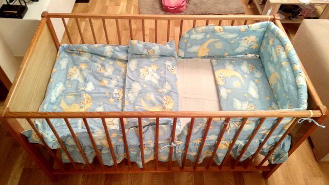 łóżeczko dziecięce  z regulacją wysokości i kompletem pościeli