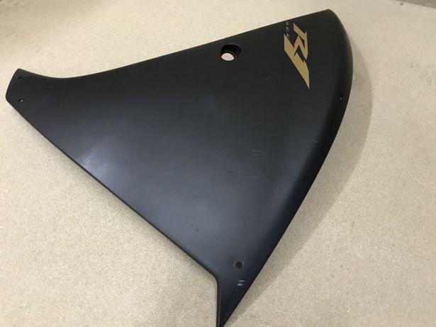 Carnagem lateral Yamaha R1