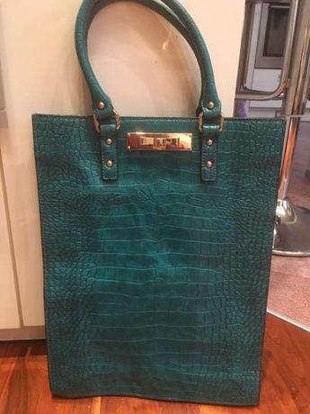 Продам фирменную сумку Blugirl