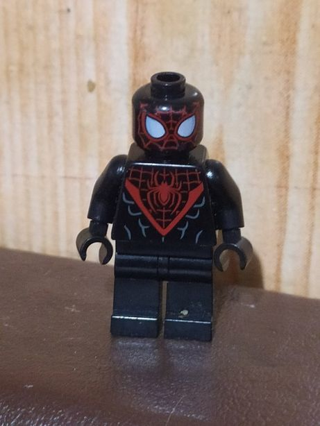 LEGO Super Heroes Ultimate Spider-Man (Человек паук)
