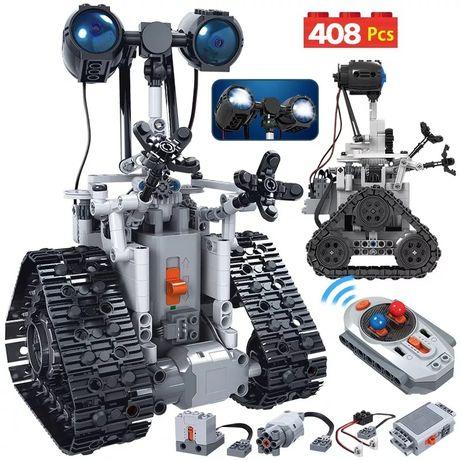 Робот-конструктор на радиоуправлении, совместим с ЛЕГО
