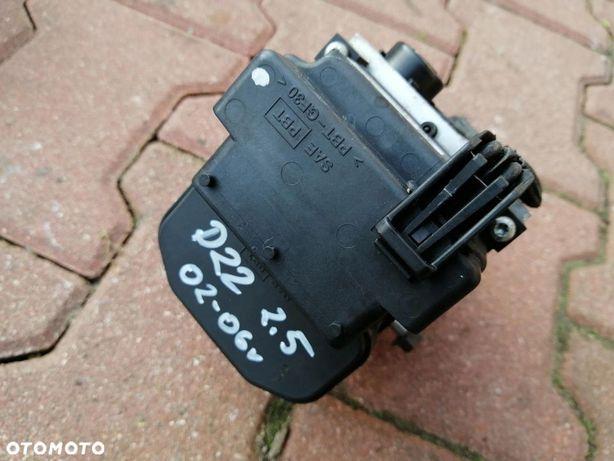 NISSAN NAVARA 2.5 DI d22 pompa abs 02-06r
