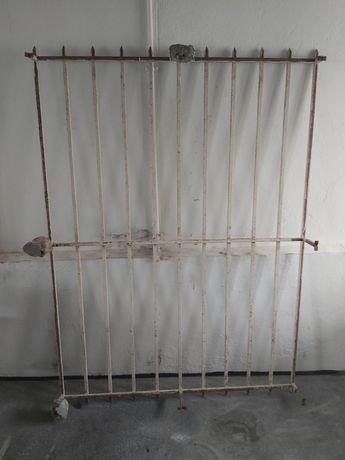Grade janela em ferro maciço