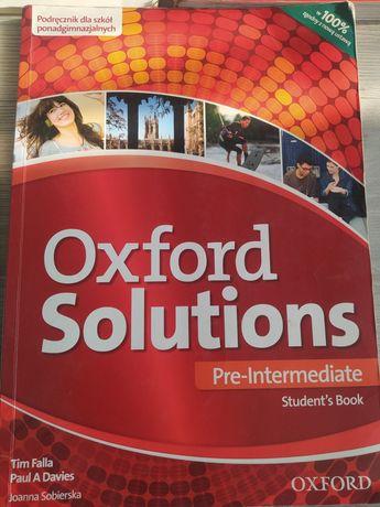 Oxford solutions pre-intermediate students book