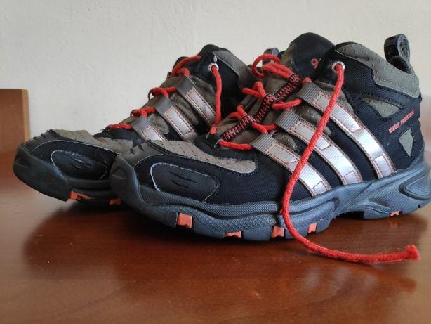 Adidas performance,buty dla chłopca , rozmiar 34/UK2. Używane.
