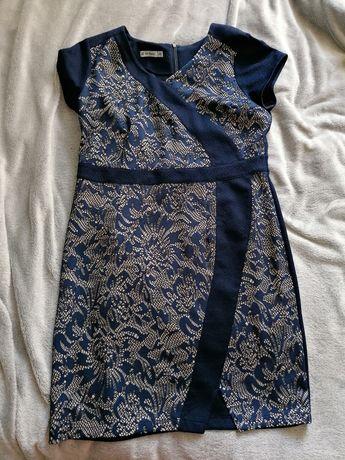 Sukienka granatowa de facto koronka