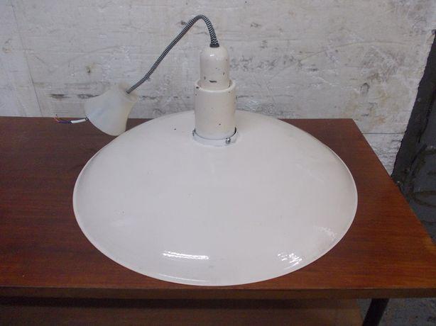 Stara lampa wisząca emaliowana