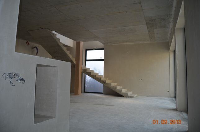 Машинная стяжка пола и штукатурка стен. Гарантия. Цена - 150 грн/м.кв.