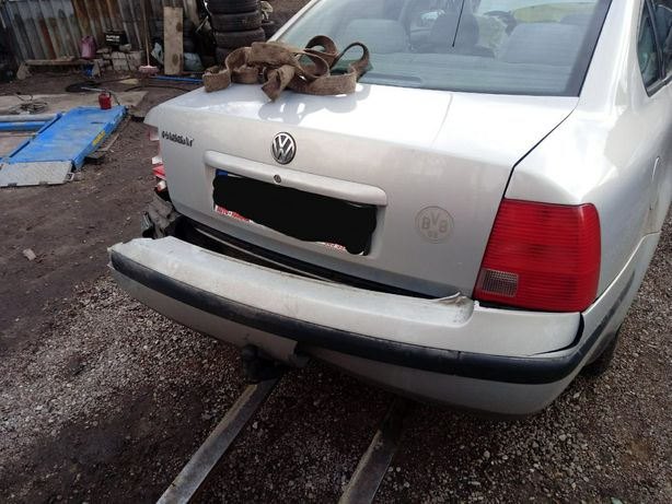 Klapa bagażnika Volkswagen Passat b5 sedan lb7z