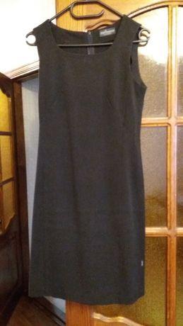 Платье черное теплое