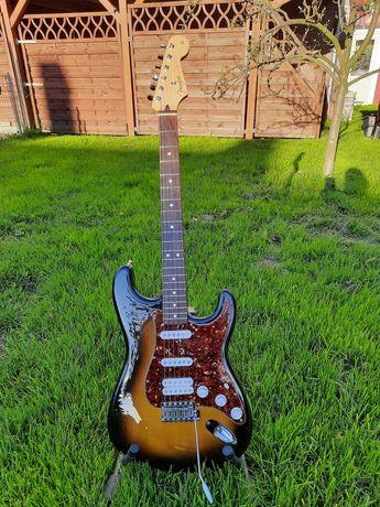 Fender Deluxe Power Stratocaster 60th piezo fishman