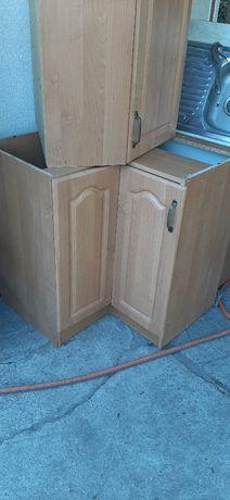 Кухонні меблі (кухня)