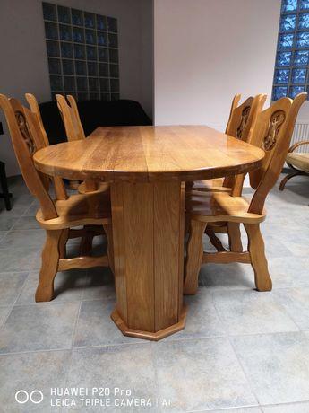 Biurko dębowe i 4 dębowe krzesła ręcznie rzeźbione.