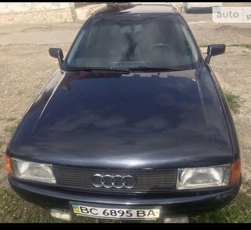 Автомобіль Audi 80 1989