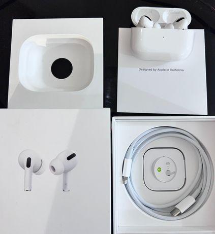 Auriculares Apple AirPods Pro Caixa de Carregamento Sem Fios