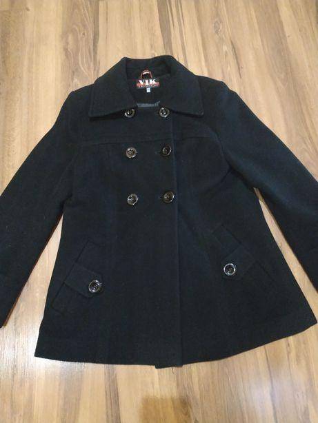 Хорошенькое кашемировое пальто.