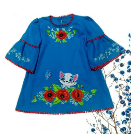 Платье вышитое детское на 2-4 г
