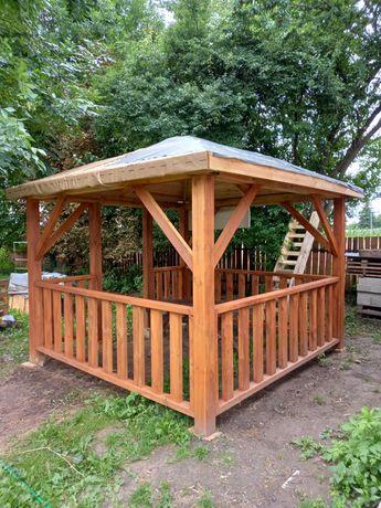 Altana ogrodowa drewniana