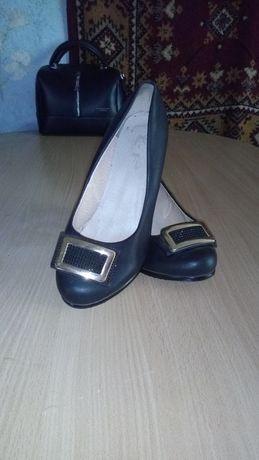 Туфли женские , р. 37-38