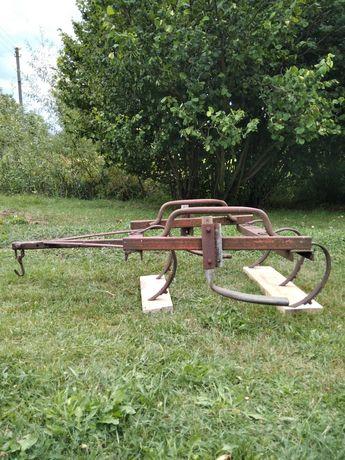Продам тракторний культиватор.