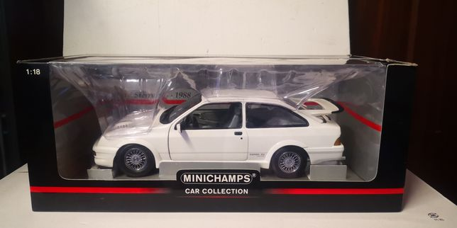 Ford Sierra RS Cosworth Minichamps 1:18