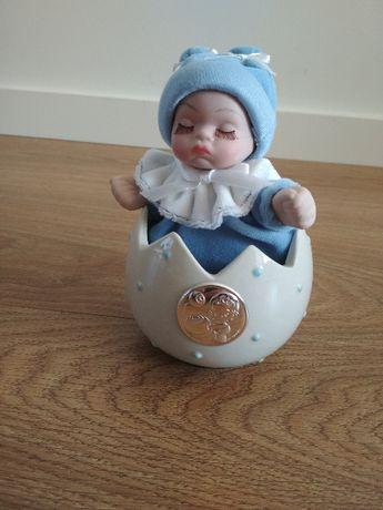 Caixa de música com bebé revestida em prata