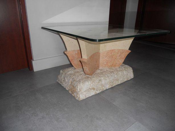stolik szklany ciekawy design