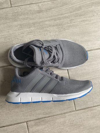 Adidas кроссовки ,37-38
