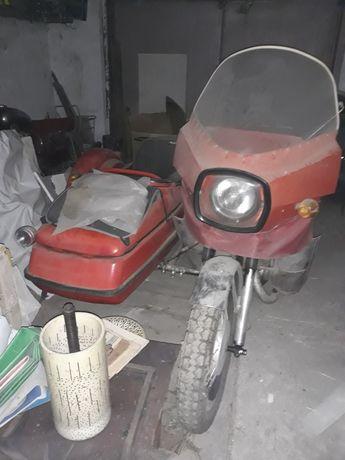 ИЖ Юпитер 5 с оригинальным щитком в цвет мотоцикла